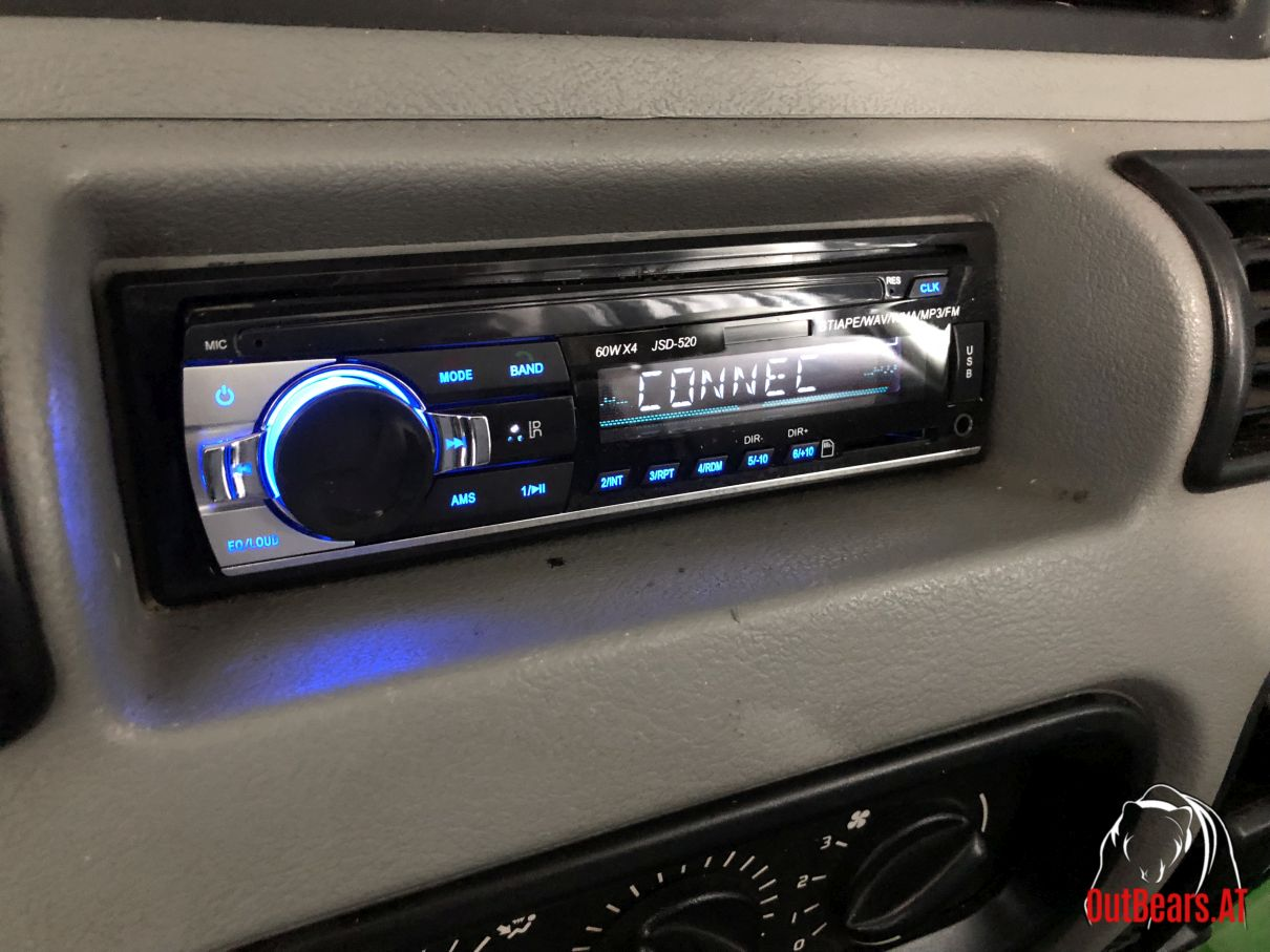 Bluetooth MP3 Radio